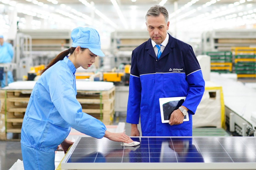 PV Supply Chain Services