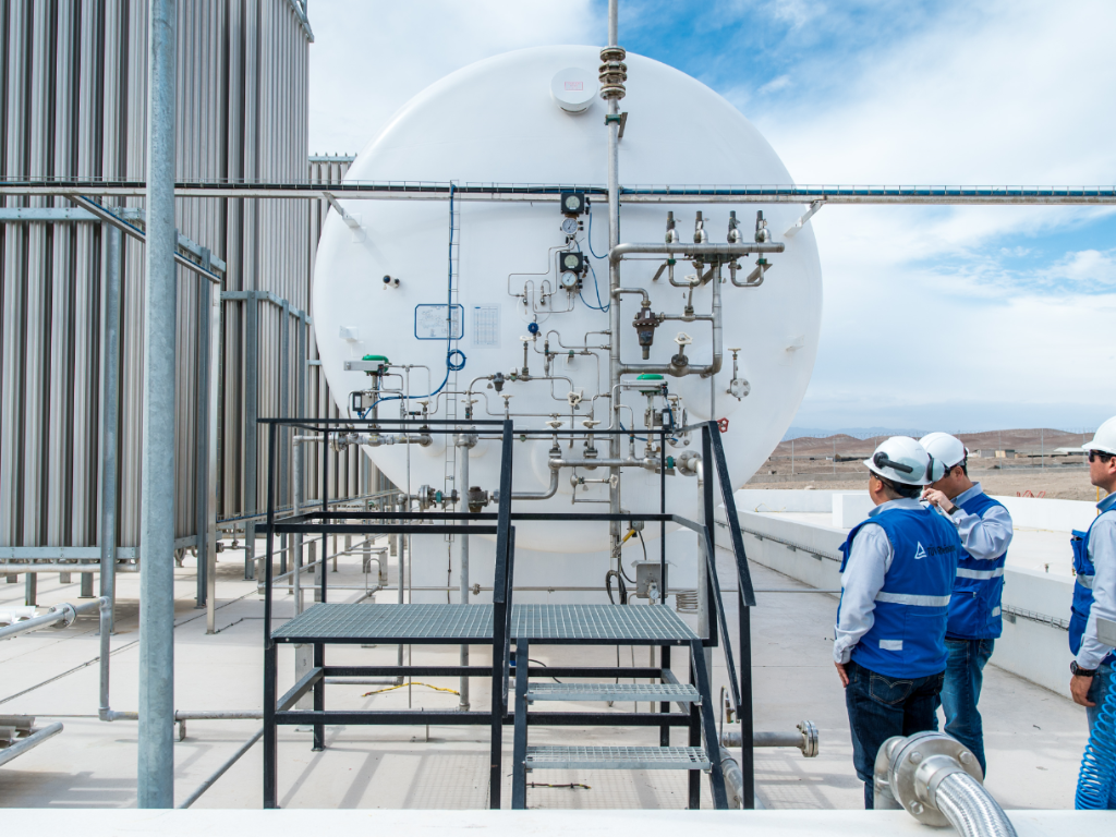 Pressure equipment inspection, including testing of pressure reservoirs, steam boilers and pipelines | TÜV Rheinland