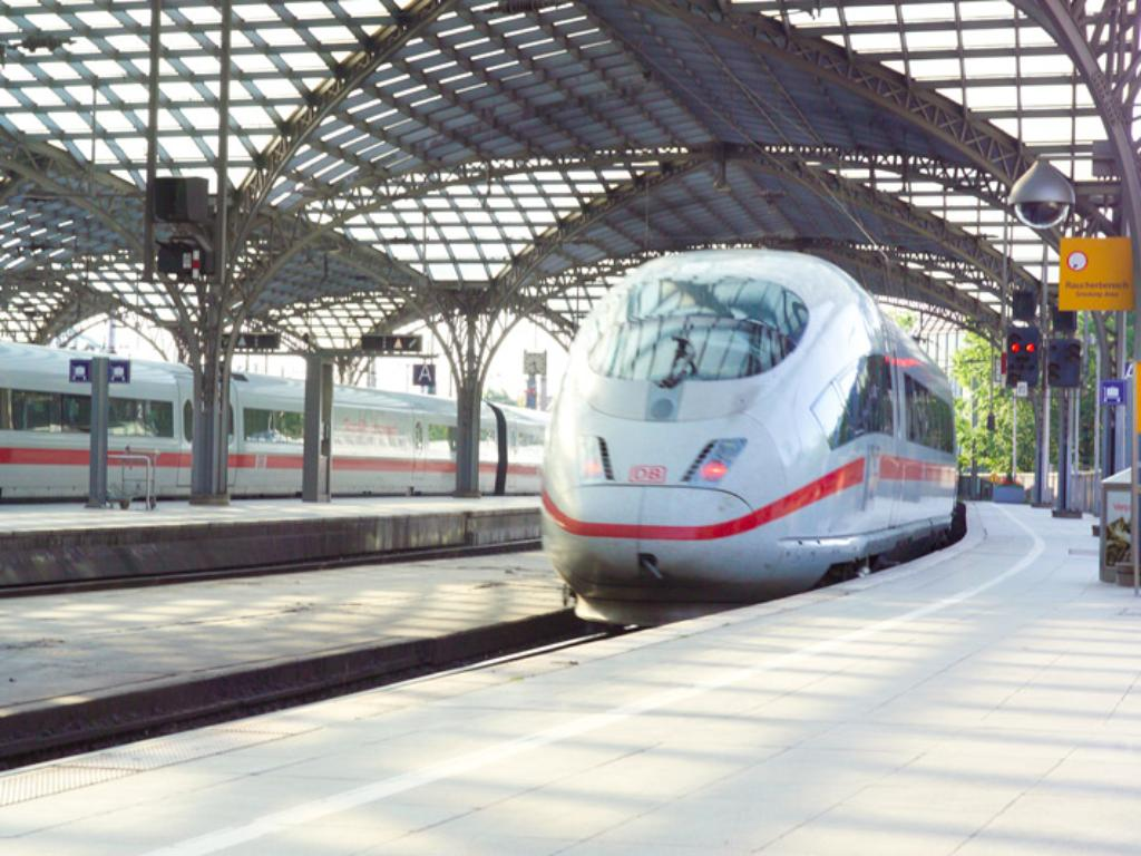 Certifications for rail transport – TÜV Rheinland