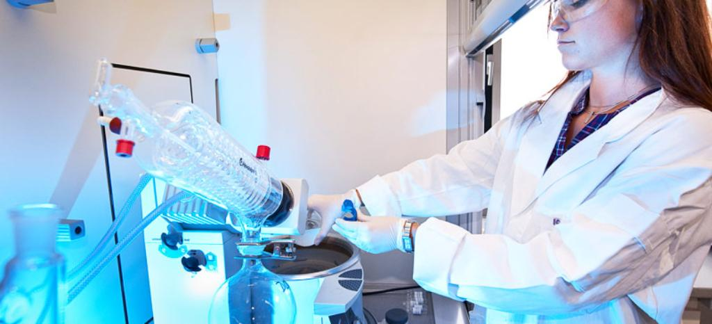 Chemical Analysis Testing Lab | WO | TÜV Rheinland