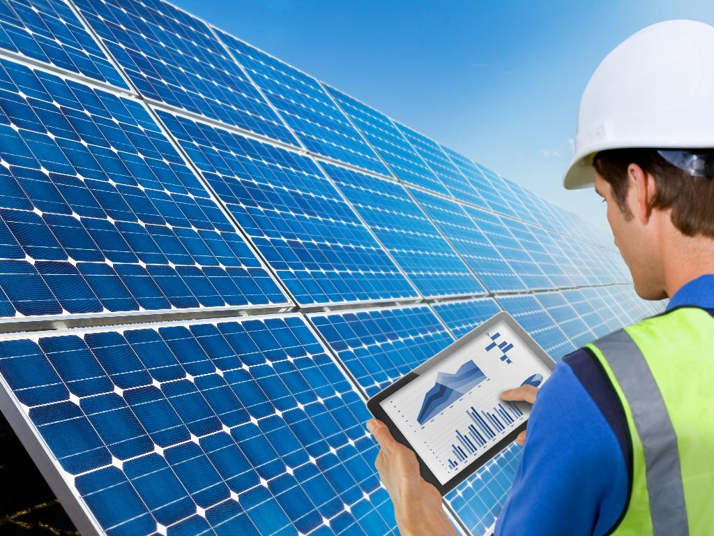 Energy Yield Measurements for PV Modules and PV Power Plants
