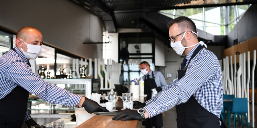 Our certificate reflects effective anti-corona measures and hygiene regulations for restaurants and hotels | TÜV Rheinland