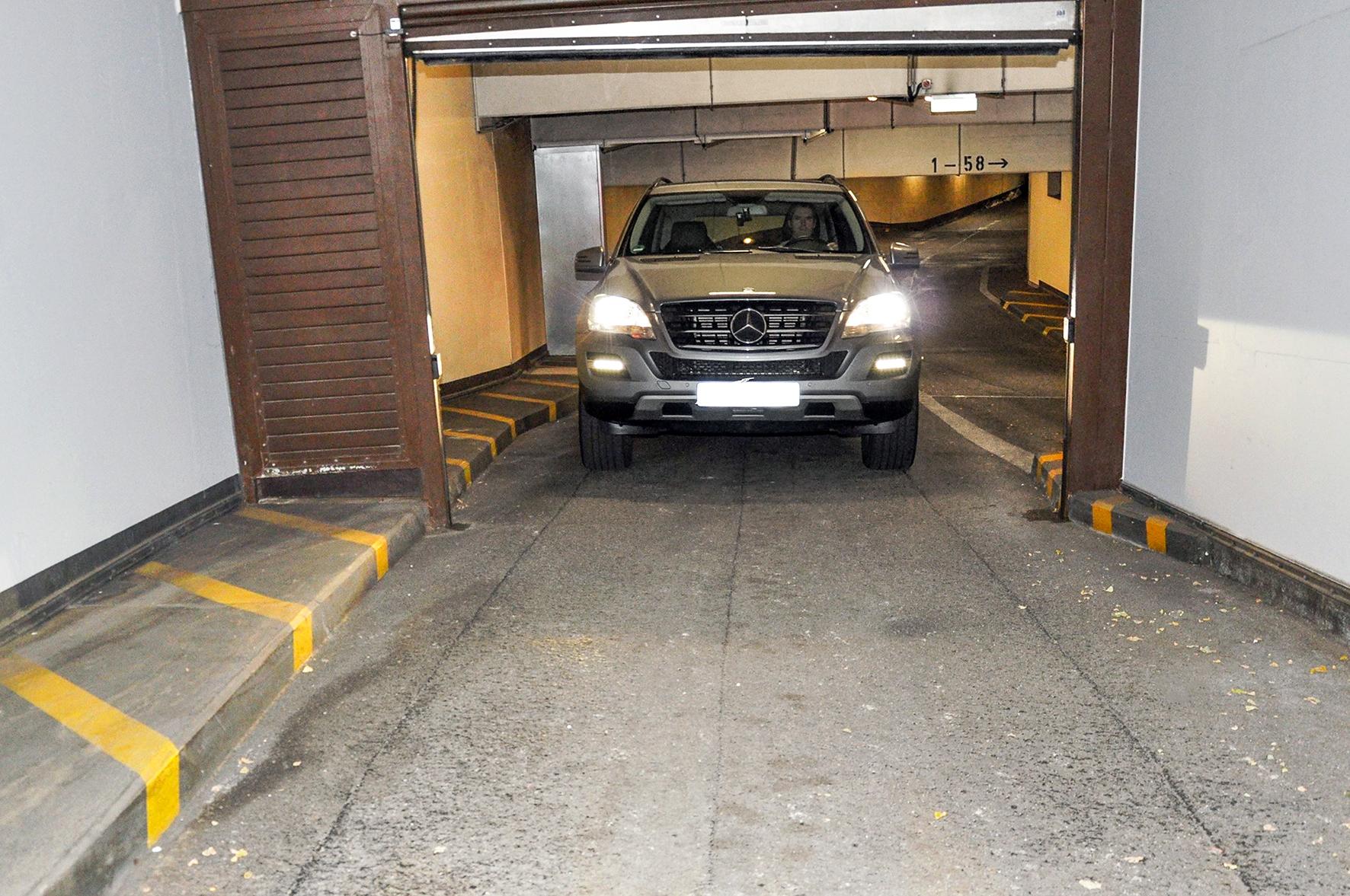 automatische garagen rolltore sicherheitseinrichtungen regelm ig pr fen de t v rheinland. Black Bedroom Furniture Sets. Home Design Ideas